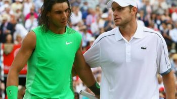 Andy Roddick se rende a Rafael Nadal